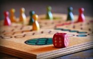 Juegos de mesa y regalos de papelería