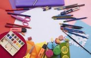 Material y complementos escolares